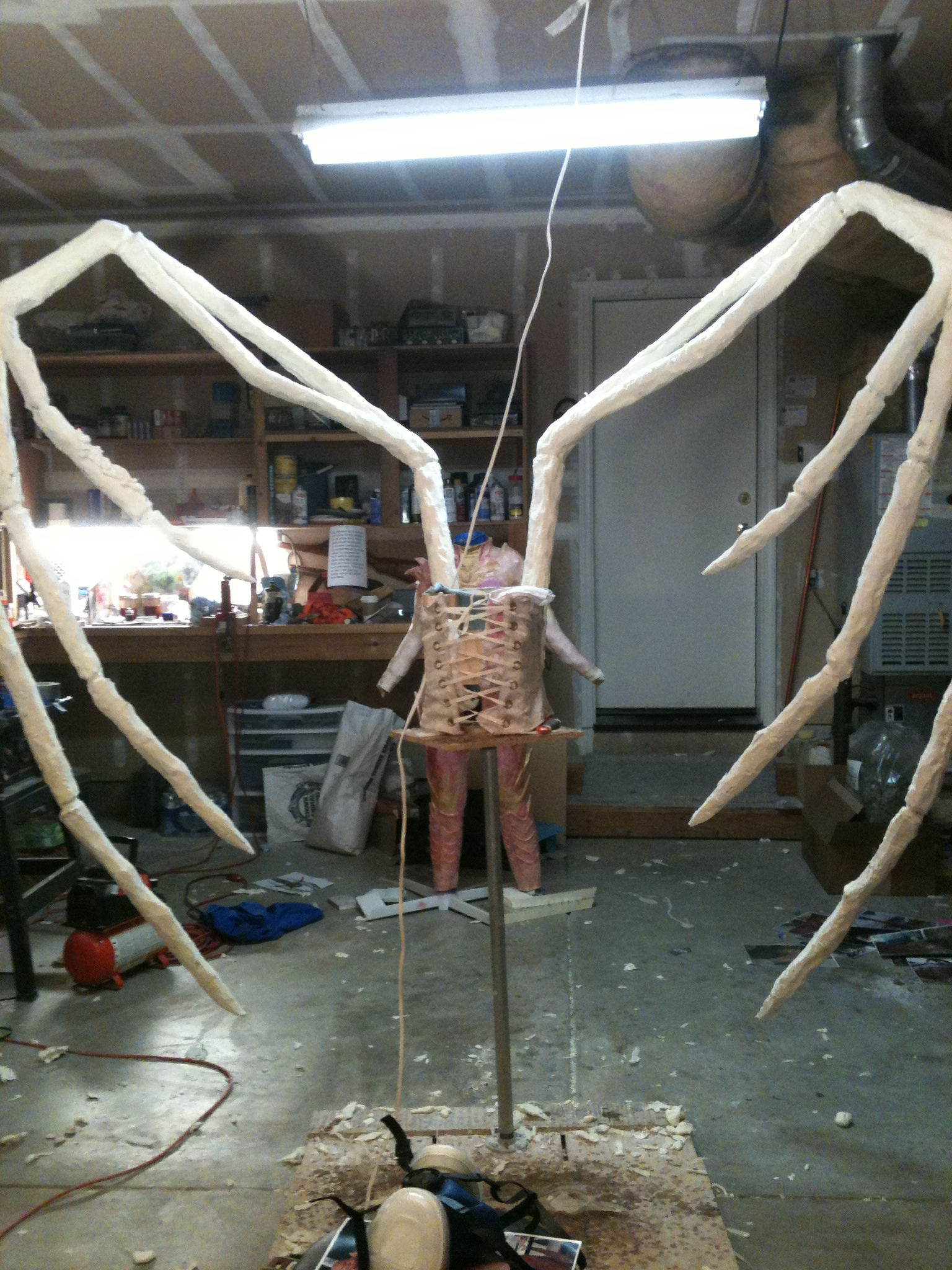 how to make extendable arms cosplay